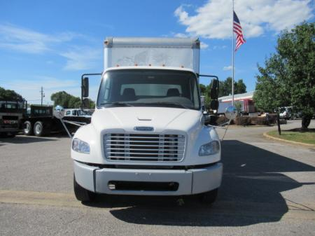 2011 Freightliner BUSINESS CLASS M2 106 4