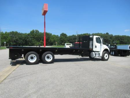 2010 Freightliner BUSINESS CLASS M2 106 6