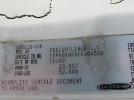 2001 Freightliner FL80 9
