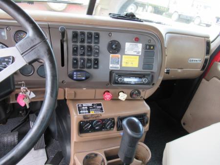 2007 Mack CV713 11