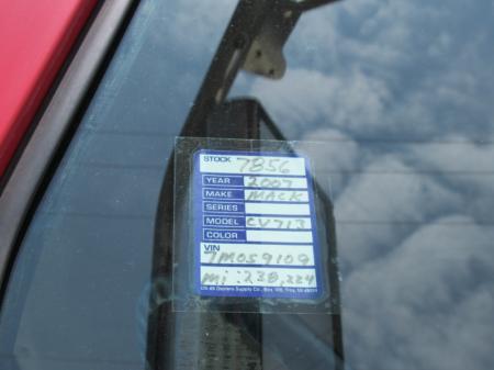 2007 Mack CV713 18