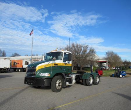 2012 Mack CXU613 1