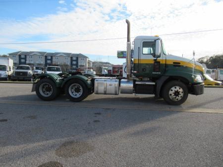 2012 Mack CXU613 8
