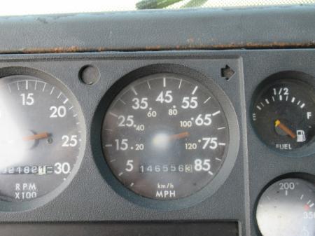 1998 Freightliner FL80 10