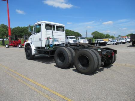 1998 Freightliner FL80 3