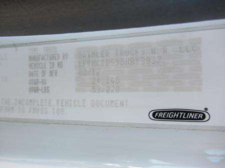 2013 Freightliner BUSINESS CLASS M2 106 19