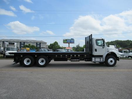 2014 Freightliner BUSINESS CLASS M2 106 8