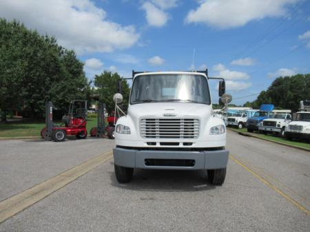 2014 Freightliner BUSINESS CLASS M2 106 10
