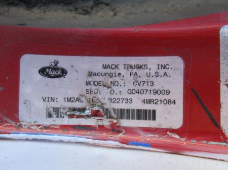 2005 Mack CV713 12