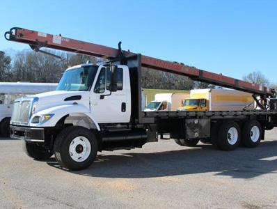 What Benefits do Crane Trucks Offer to Businesses?