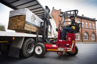 How you can Change the Forks of Your Moffett Forklift