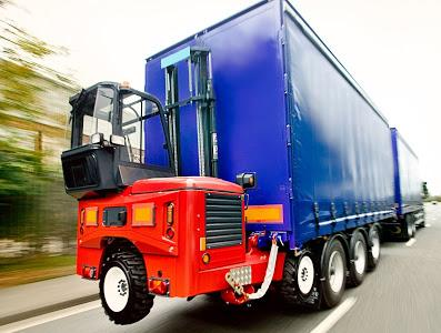 Why Buying A Used Moffet Forklift And Flatbed Truck Together Is A Good Idea?