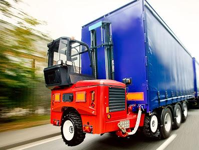 What Qualities Should a Moffett Truck Have to Make it Capable of Transporting a Forklift?